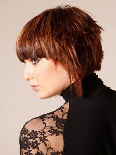 Top 9 Trending Layered Bob Hairstyles for women | Styles At Li