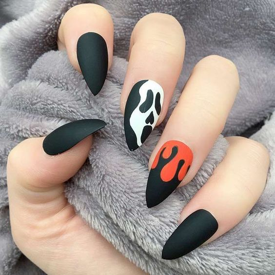 50+ Cool Halloween Nail Art Designs for 2018 | Halloween nails .