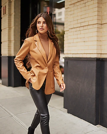 Pin by Robin Connor on style inspo. | Leather blazer women .