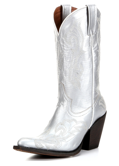 Trend Alert: Silver Cowboy Boots | Horses & Heels | Womens cowgirl .