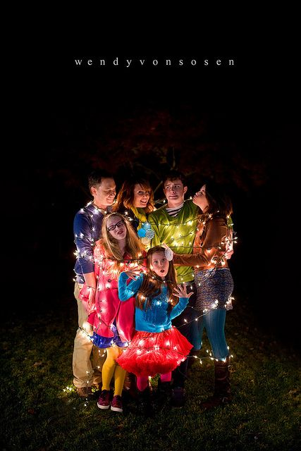 25 more cute Family Christmas picture ide