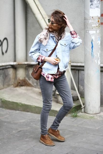 20 Women Outfits With Comfy Desert Boots - Styleohol