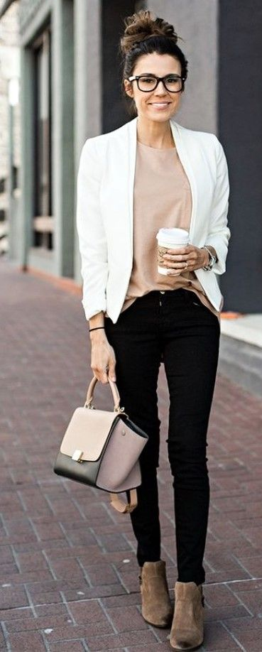 25 Elegant Work Outfits Every Woman Should Own | Work outfits .