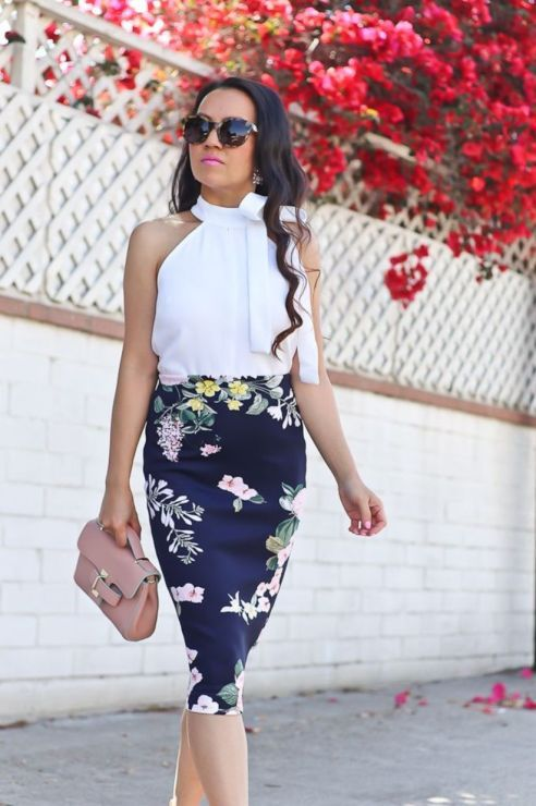 Classy Work Outfit Ideas for Sophisticated Women 44 | Floral skirt .