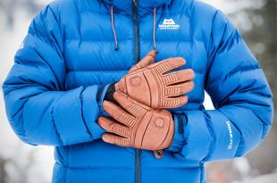 Best Winter Gloves and Mittens of 2020 | Switchback Trav