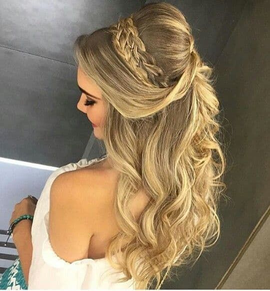 Half Up Half Down Hairstyle For Special Occassion – fashiondiys .