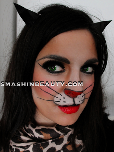 Sexy Catwoman makeup Archives - SmashinBeau