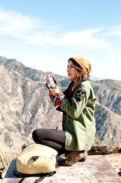 Hiking Outfit Ideas for Women in Autumn | Hiking outfit, Military .