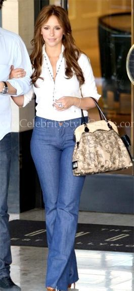 Jennifer Love Hewitt Style and Fashion - MiH Marrakesh Flare Jeans .