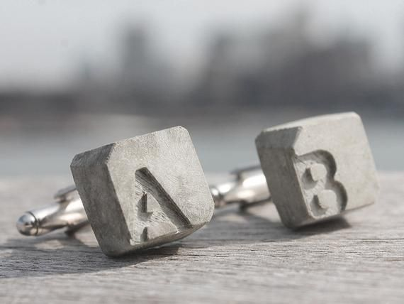 concrete cufflink with initials | becrete - BETONIDEE | in a high .