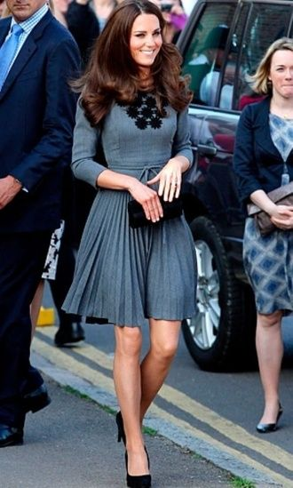 Kate Middleton simple style....easy copy for work. #classy .