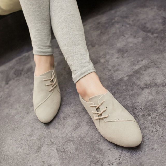 Lace shoes for women