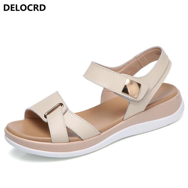 2018 New Summer Women's Sandals Leather Sandals Female Size .