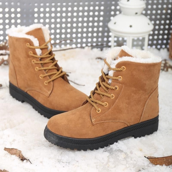 Fashion Women Fur Lined Winter boots Leather With velvet Warm Snow .