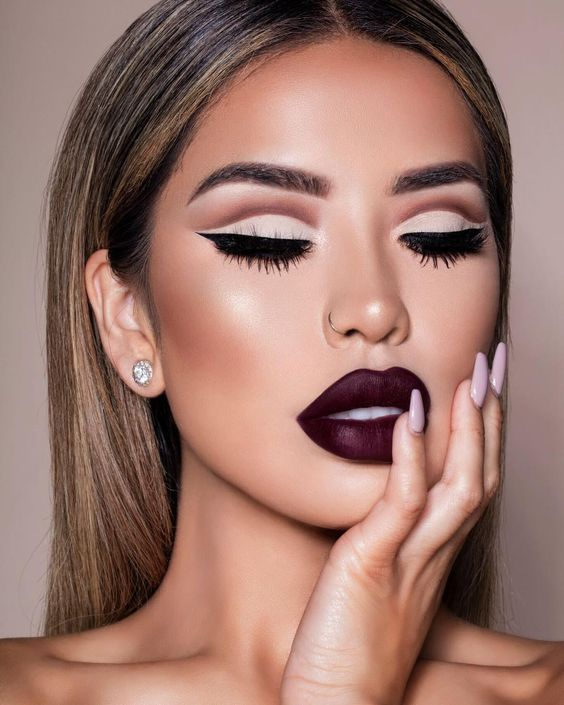 30+ Chic Makeup Ideas You Need To Try This Fall | Matte makeup .