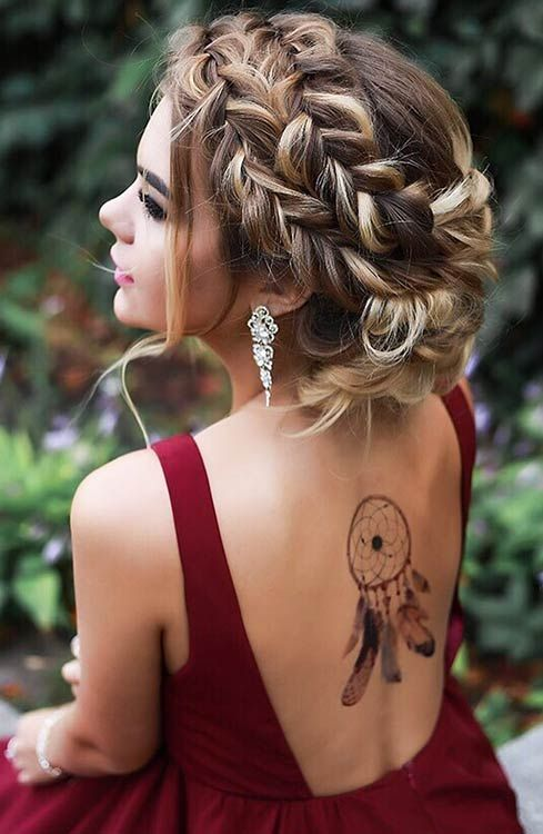 69 Best Prom Hairdos to Make You Look The Stunning Be