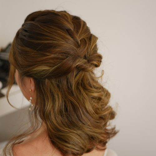32 Cutest Prom Hairstyles for Medium Length Hair for 20
