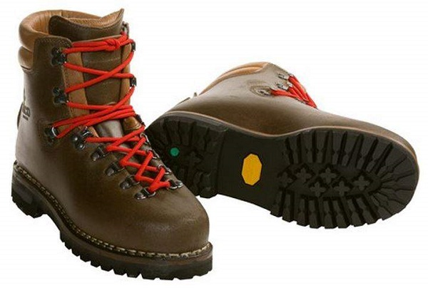 Alico New Guide Mountaineering Hiking Boots Review .