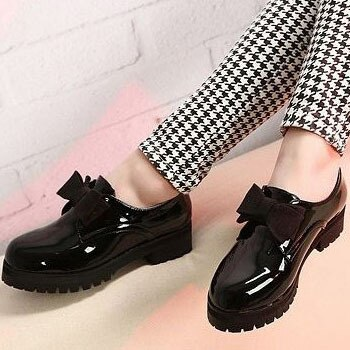 Hot Selling Round Toe Slip on Patent Leather Oxford Shoes For .