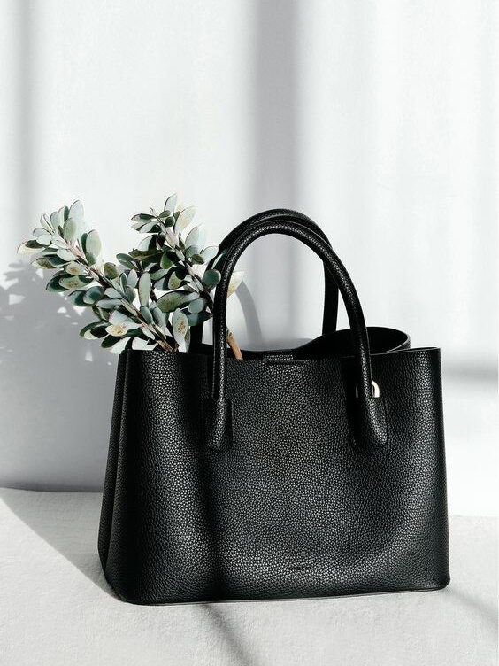 10 Vegan Bags & Purses That Prove You Don't Need Leather To Be Styli