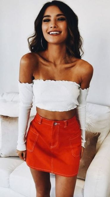 Red denim skirt | Trendy summer outfits, Fashion outfits .