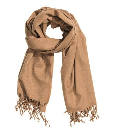 H&M offers fashion and quality at the best price | Fringe scarf .