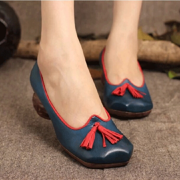2017 Spring and Autumn Full Grain Leather Vintage Mid Heels Women .