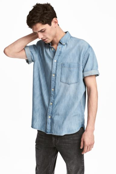 Short-sleeved denim shirt - Light denim blue - Men | H