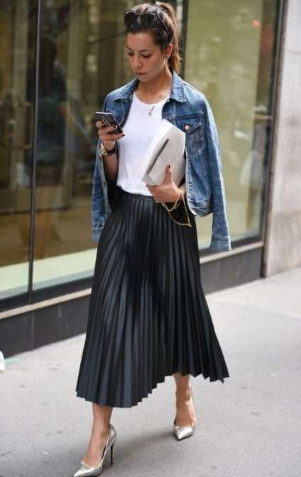 Best skirt black pleated outfit ideas | Pleated skirt outfit .