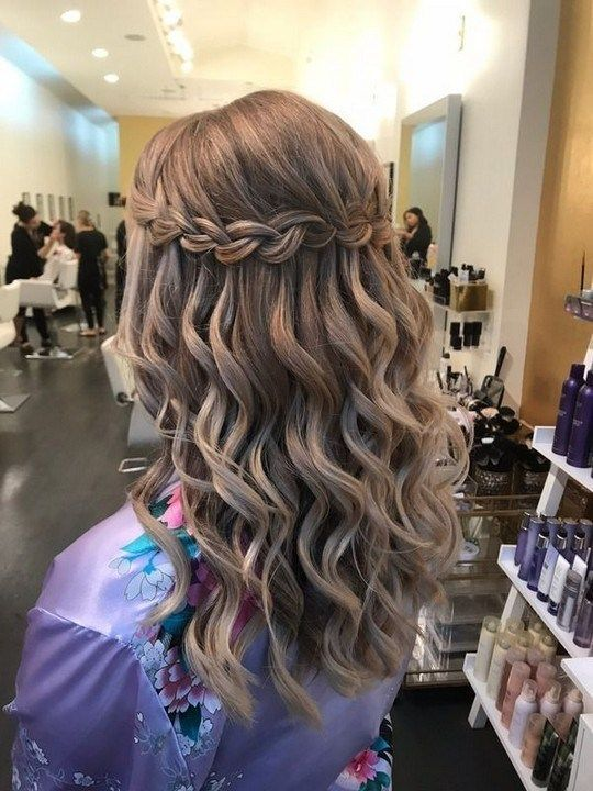 38 Smart Hair Style For New Year Eve #hairstylesforwomen .
