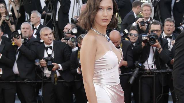 15 Stunning Celebrity Looks From the 2017 Cannes Film Festival .