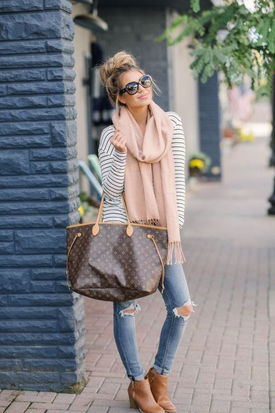 50 Stunning Spring Outfits To Try This Year / 31 #spring #outfits .