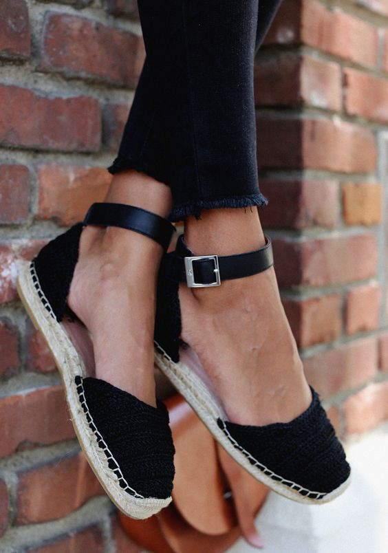 These trendy shoe styles for summer 2018 are so chic. #summershoes .
