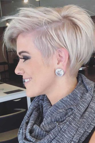 Trending Cool Pixie Haircut For Woman With Thick Hair