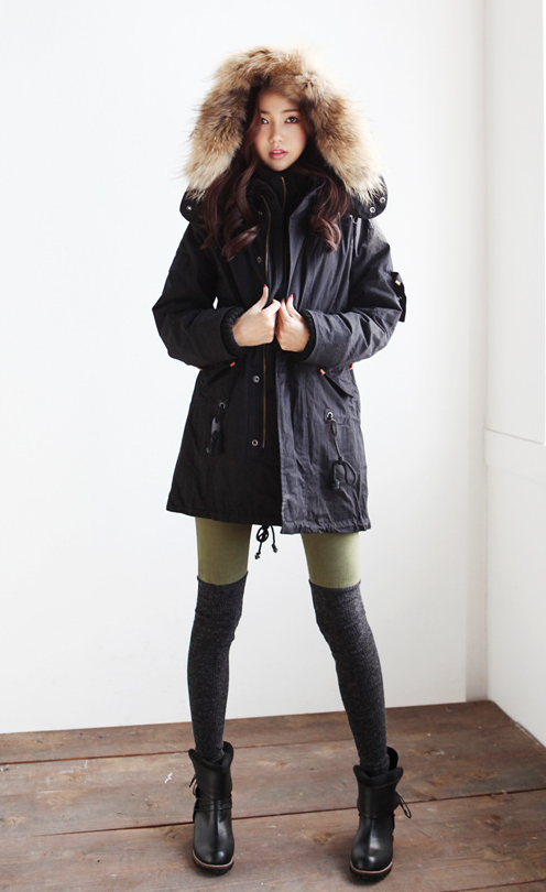 Korean style - winter or hiking style Clothing, Shoes & Jewelry .