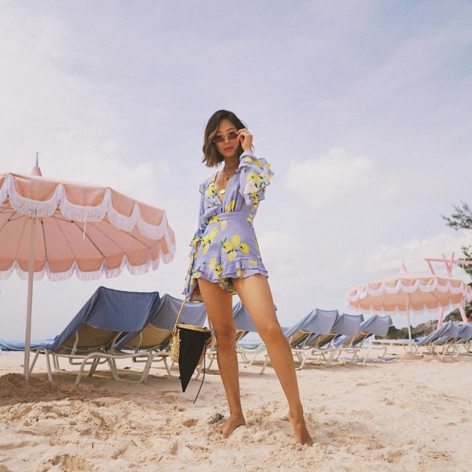 Friday Favorites: Tropical Vacation Must-Haves   Song of Sty