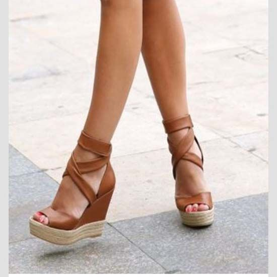 Trendy Wedge Sandals | Modren Villa | Trendy wedges, Sandals heels .
