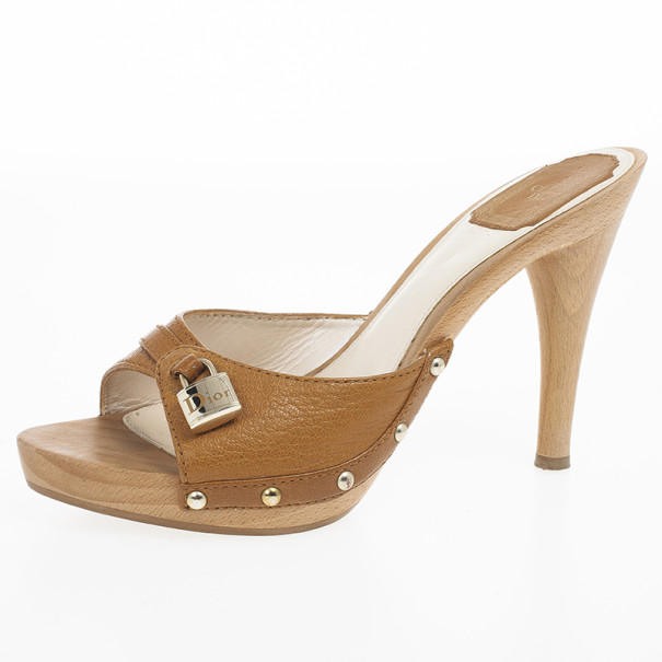 Dior Wooden Camel Leather Mules Size 39 Dior | T